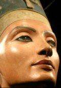 "Book cover ""Нефертити. Загадка исчезновения"""