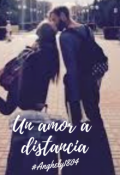 "Portada del libro ""Un amor a distancia"""