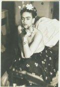 "Portada del libro ""Frida Kahlo"""