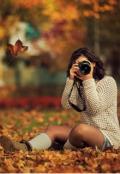 """Обкладинка книги """"Дівчина серед листя"""""""