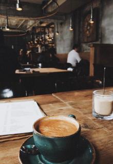 """Libro. """"Café Con Versos"""" Leer online"""